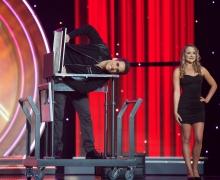 Michael Grandinetti Saws Himself In Half on The CW